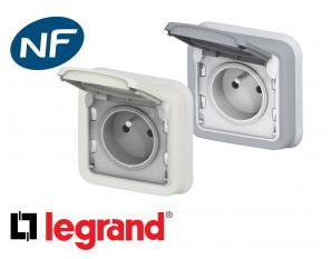 Prise de courant 16A 2P+T Legrand Plexo™ encastrée