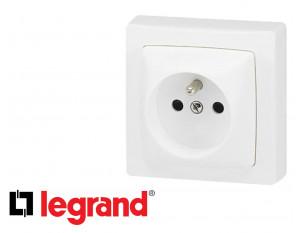 Prise de courant 16A 2P+T Legrand Otéo